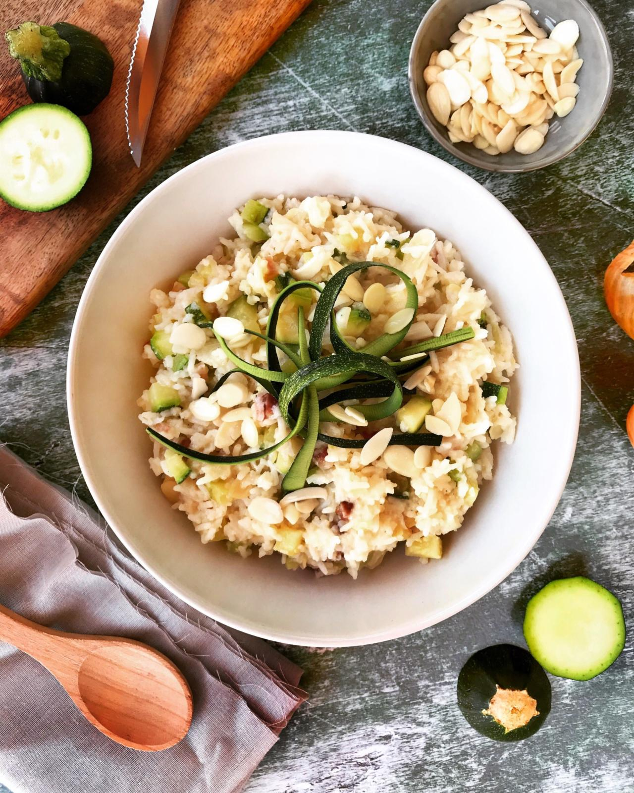 Zucchini Reis Pfanne mit Mandeln