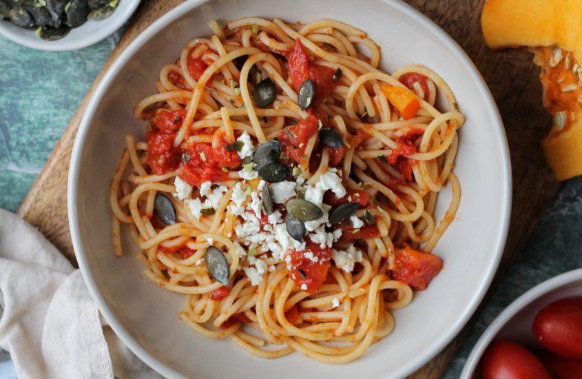Spaghetti mit Kürbis Tomatensauce